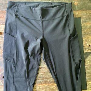 Black lululemon speed up tights size 12
